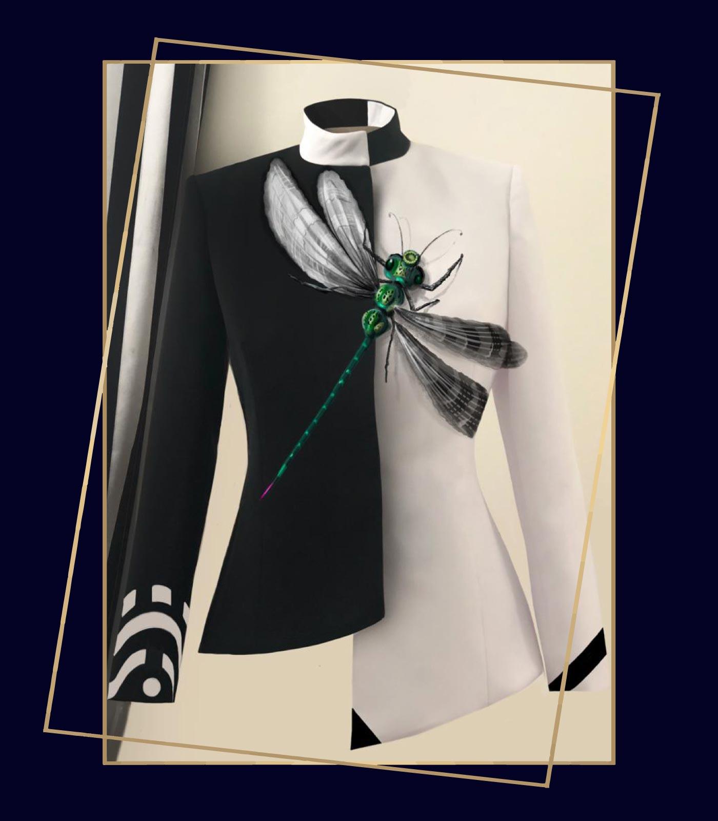 giacche eleganti donne bianca e nera con libellula verde