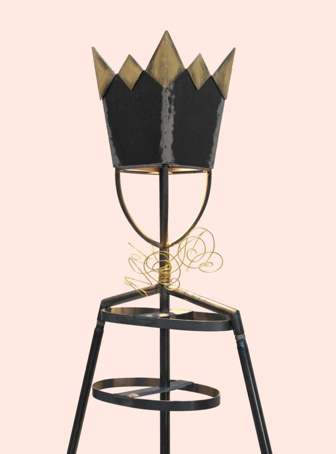 lampada a forma di manichino in ferro